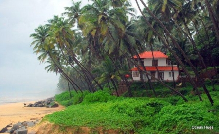 Kerala Seaside Holiday Rental - Ocean Hues Beach House in Kannur
