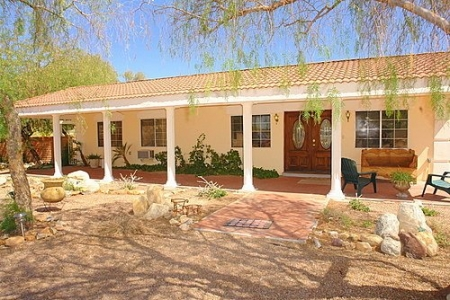 Gorgeous Hacienda Style 5bed/3bath, Pool. Mountain Views